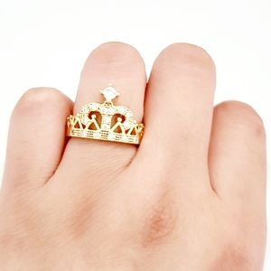 14k Gold laminated crown ring. Size 6. New